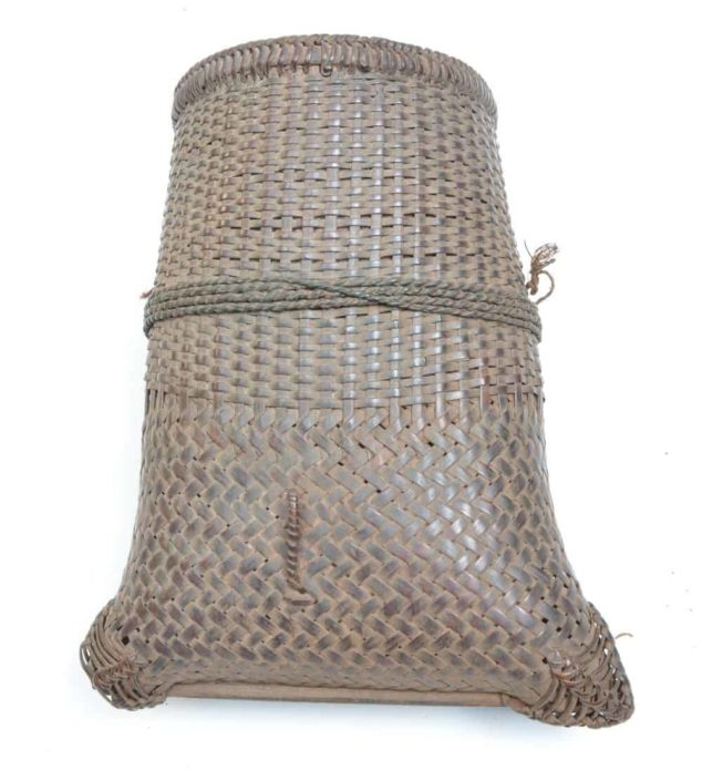 small Akha basket for tobacco
